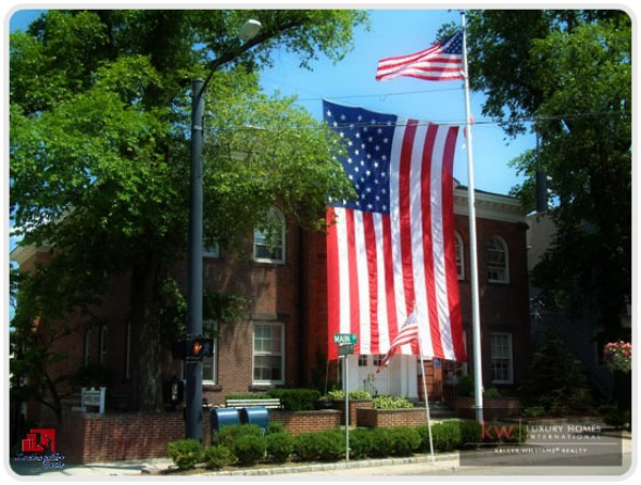 Enjoy your Candlewood Lake home by celebrating Independence Day!