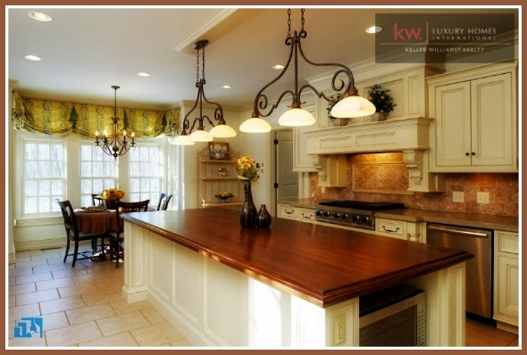 Make your home more appealing to buyers, here's how you can stage your Candlewood Lake home.