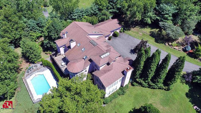 Private Estate Just 70 Minutes From Manhattan!